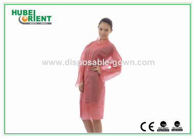 Breathable Anti Static Pink Disposable Lab Coats For Cleaning Room