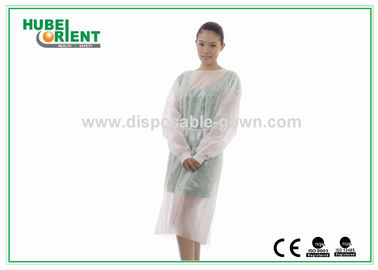 Knitted Wrist PP PE Disposable Isolation Gowns Water Resistant